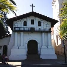 Mission Dolorès 1776 Cathedral Church, San Francisco, Mansions, House Styles, Home Decor, America, Decoration Home, Manor Houses, Room Decor