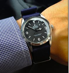 A fantastic Rolex 1016 Explorer on a stylish blue NATO strap. Pic © subsmile at TZ-UK.