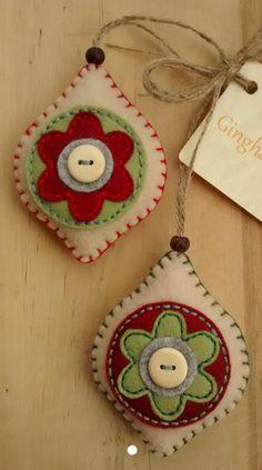 DIY Christmas ornaments with felt