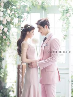 Take a look at this vital photo as well as visit today information on Wedding Photoshoot Pre Wedding Poses, Pre Wedding Photoshoot, Wedding Shoot, Wedding Couples, Wedding Dresses, Korean Wedding Photography, Wie Macht Man, Wedding Photo Inspiration, Wedding Events