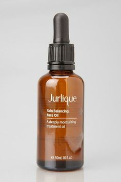 Jurlique Skin Balancing Face Oil: Non-greasy, anti-inflammatory oil that helps balance oily skin. Love the Josie Maran oil, maybe this is equally awesome. Anti Inflammatory Oils, Beauty Secrets, Beauty Ideas, Beauty Tips, Beauty Products, Jurlique, Face Oil, Diy Skin Care, How To Make Hair