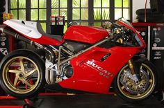955 SP Ducati 998, Ducati Superbike, Ducati Motorcycles, Ducati Cafe Racer, Cafe Racers, Monster Garage, Hot Bikes, Super Bikes, Street Bikes