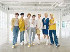 Foto Bts, Bts Photo, Bts Boys, Bts Bangtan Boy, Bts Jungkook, Min Yoongi Bts, Bts Group Photos, Bts Group Picture, Picture Video