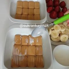 Mini Trifle, Berry Trifle, Cookie Recipes, Dessert Recipes, Time To Eat, Arabic Food, Cake Shop, Perfect Food, Food Videos