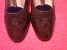 Brown winter shoes. No shoestring