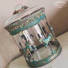 Viki баночка Shabby Chic Crafts, Vintage Crafts, Diy Home Crafts, Cute Crafts, Bottle Art, Bottle Crafts, Christmas Baubles, Christmas Tree Decorations, Altered Bottles
