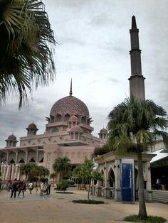 Masjid Putrajaya KL