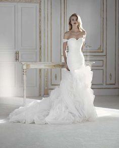 eb672e5e1a9a Abito a sirena in seta Errico Maria  matrimonio  sposi  sposa   vestitodasposa
