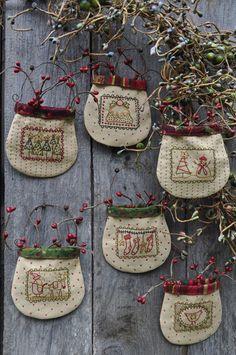 Christmas pockets34