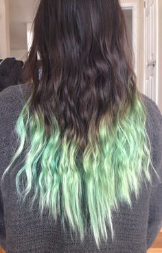 heeykaren:  Blue hair faded to a mint green.  Also, overnight fishtail braid = mermaid waves
