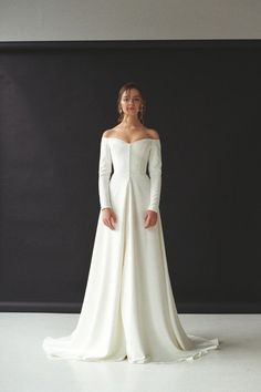 Modern off shoulder wedding dress with split off shoulder long sleeve wedding dress . - Modern off shoulder wedding dress with split off shoulder long sleeve wedding dress made of crepe M - Slit Wedding Dress, Western Wedding Dresses, Perfect Wedding Dress, Bridal Dresses, Dream Wedding, Off Shoulder Wedding Dress Simple, Vintage Wedding Gowns, Summer Wedding, 1970s Wedding Dress