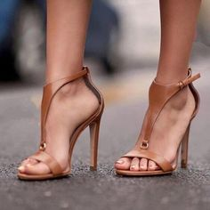 c66d851ef246 Shop Solid Buckled T-Strap Thin Heeled Sandals – Discover sexy women  fashion at IVRose