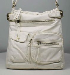 B Cross Body HandbagIt Is Trend Right Cross Body Handbag That You Will Reach For In Your Closet Again And Again. Brian & Davis Tranding,http://www.amazon.com/dp/B00A656EMM/ref=cm_sw_r_pi_dp_lPRFrb1BZVN7KP7S