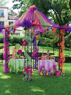 this would be great in the school colors - Party ● Gazebo Decorated with Tulle