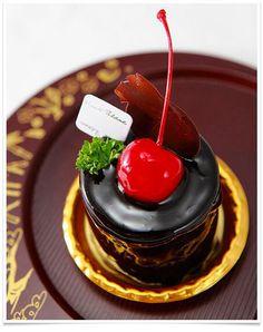 - chocolate cake -