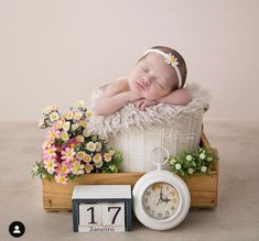 Outdoor Baby Photography, Newborn Photography Studio, Children Photography, Foto Newborn, Newborn Session, Baby Girl Newborn, Newborn Pictures, Baby Pictures, Baby Poses