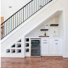 Genius Under Stairs Storage Ideas For Minimalist Home 48 Understairs Storage Genius home Ideas Minimalist stairs storage Under Basement Stairs, Under Stairs Nook, Basement House, House Stairs, Basement Bars, Basement Ideas, Basement Ceilings, Loft Stairs, Living Room With Stairs