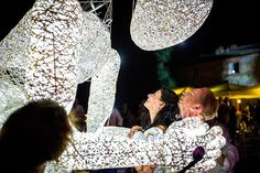 Hochzeitsmomente während einer Hochzeit in der Toskana, Perfekte Unterhaltung für Ihre Hochzeit in Italien von Zauberkünstlern bis zu DJ's oder cooler Life- Musik oder Performance-Künstlern