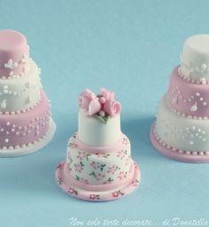 20 Mini Wedding Cakes Too Good To Eat! Plus Tutorials! | http://www.deerpearlflowers.com/mini-wedding-cakes-too-good-to-eat/