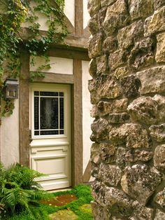 Antique French Mudroom Door www.lindafloyd.com