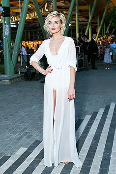 Russian singer: Polina Gagarina Singer with the powerful voice who goes to Eurovision 2015