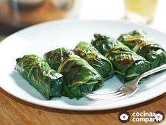 Receta fácil de acelgas rellenas con arroz y verduras.