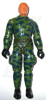 Descrição:   O Batedor Anti Fogo (Fumaça) foi lançado no Brasil em 1987 (Série 4) pela companhia de Brinquedos Estrela, a figura corresponde ao modelo swivel arm (com movimento nos cotovelos). Trata-se da versão nacional do Halo Jumper [Rip Cord] fabricado em 1984 pela Hasbro pela série G.I. JOE.