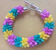 The Half Moon Bead Shop. .Free Pattern - Kumihimo with Pip beads