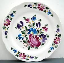 Resultado de imagen para platos de ceramica pintada a mano Hand Painted Pottery, Hand Painted Plates, Decorative Plates, China Painting, Ceramic Painting, Tile Painting, Porcelain Ceramics, China Porcelain, China Cups And Saucers