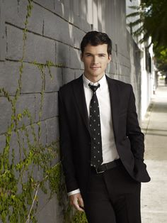 Pretty Little Liars star Ian Harding