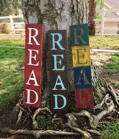 Vertical READ sign, Fence wood sign, Fast shipping, playroom, classroom, library, study, distressed, custom,repurposed wood sign