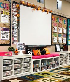 Make your kids feel happy and excited to enter their classroom with these excellent Halloween classroom decor Ideas presented right here. 2nd Grade Classroom, Classroom Setting, Classroom Design, Future Classroom, School Classroom, Classroom Themes, Art Classroom Layout, Creative Classroom Ideas, Kindergarten Classroom Organization
