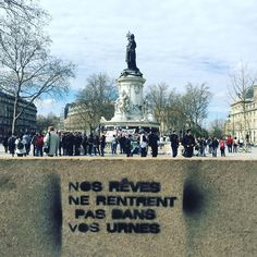 Graffiti Quotes, Art Quotes, Some Quotes, Street Quotes, Weird Words, French Quotes, Good Jokes, Land Art, Artistic Photography