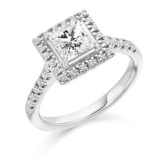 Happy friday guys! :) #friday #loveit #engagementring #engagement #ring #engagementrings #jewellery #diamond #diamonds #gold #bride #likeback #t4l #tagsforlikes #tags4like #tagsforlike #Follow #followme #vscocam