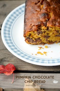 The easiest and yummiest Pumpkin Chocolate Chip Bread!!  Just takes a few…