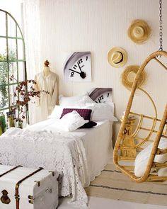 Dormitorio vintage: http://www.micasarevista.com/novedades/novedades89/novedades89_2.shtml