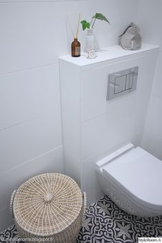 White toilet with moroccan tiles // Marrakech Design Voltaire Laundry In Bathroom, Bathroom Layout, Bathroom Styling, Bathroom Toilets, Shower Room, Bathroom Interior, White Vanity Bathroom, Cheap Bathroom Remodel, Parisian Bathroom