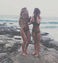 Best friends are forever bff blonde brunette beach fun sun summer Pale Tumblr, Ft Tumblr, Best Friend Pictures, Friend Photos, Summer Goals, Summer Of Love, Summer Pictures, Cute Pictures, Voyager C'est Vivre