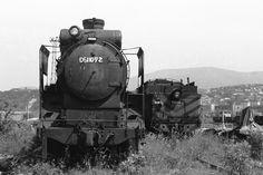 この機関車D511072は昭和19年2月27日に誕生しました。 名古屋にある日本車両という会社で作られました。昭和19年といえば戦争のさなかです。