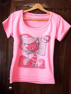 Pink painted tshirt . Hand paint tee with cat by AHouseAtelier, $40.00