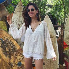 minhas férias em Noronha nesses últimos dias pelo insta (segue aê @camilacoutinho)? Foram 7 dias deliciosos nesse lugar que eu amo e não canso de falar bem e indicar como destino. • #praia #calor #shorts •