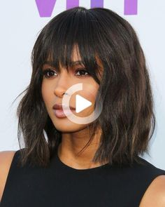 Here are our favorite recent examples, plus stylist tips for getting your own wavy(ish) texture on. Bobbed Hairstyles With Fringe, Bob Hairstyles With Bangs, Easy Hairstyles For Medium Hair, Short Hairstyles For Women, Medium Hair Styles, Short Hair Styles, Short Hair With Bangs, Short Hair With Layers, Thick Hair