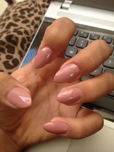 I love pointed nails, but not too pointy or long, that's just gross. Pointy nails are one of my favorite trends!