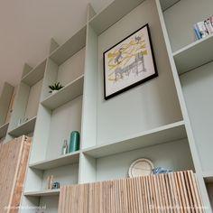 Bookshelves With Tv, Bookshelves In Bedroom, Diy Interior, Interior Walls, Interior Design, Custom Furniture, Furniture Design, Home Living, Living Room