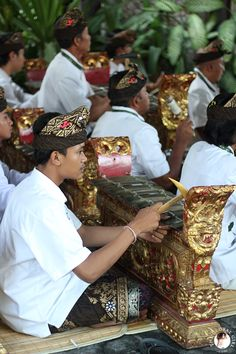 The Global Girl Travels: Musicians at traditional Sacred Barong Ceremony in Bali.