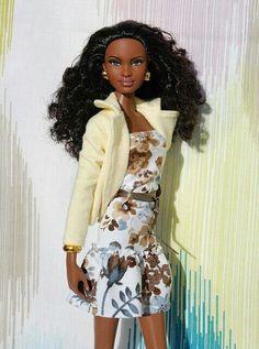 Nenca - zberateľské barbie a tvorba: Barbie Basics 003 Diva Dolls, Dolls Dolls, African American Dolls, Poppy Parker, Beautiful Barbie Dolls, Black Barbie, Barbie Collection, Barbie Friends, Barbie World