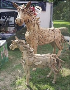Suppliers of an exceptional driftwood horse, driftwood horse heads plus other driftwood sculptures and furniture. Animal Sculptures, Lion Sculpture, Burghley Horse Trials, Driftwood Furniture, Driftwood Sculpture, Tree Roots, Outdoor Settings, Horse Head, Teak