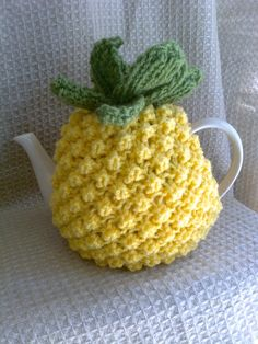 Vintage Style Knitted Pineapple Tea Cosy. by Biskettblue on Etsy, £9.50