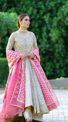 Colour whatsapp me 03064010486 Shadi Dresses, Pakistani Formal Dresses, Desi Wedding Dresses, Pakistani Wedding Outfits, Wedding Dress Patterns, Pakistani Dress Design, Bridal Outfits, Dress Wedding, Designer Party Wear Dresses