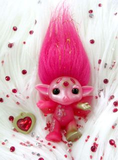 The Zelfs - Series 2 - Ultra Rare Ruby Zelf called Jewly !!! Cute and shiny !!!
